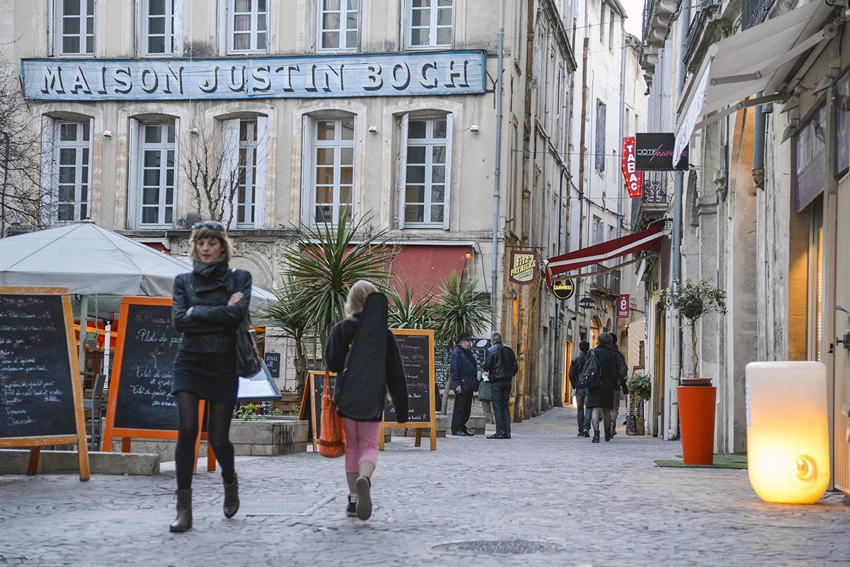 Le quartier consuls de mer ville de montpellier for Piscine de montpellier