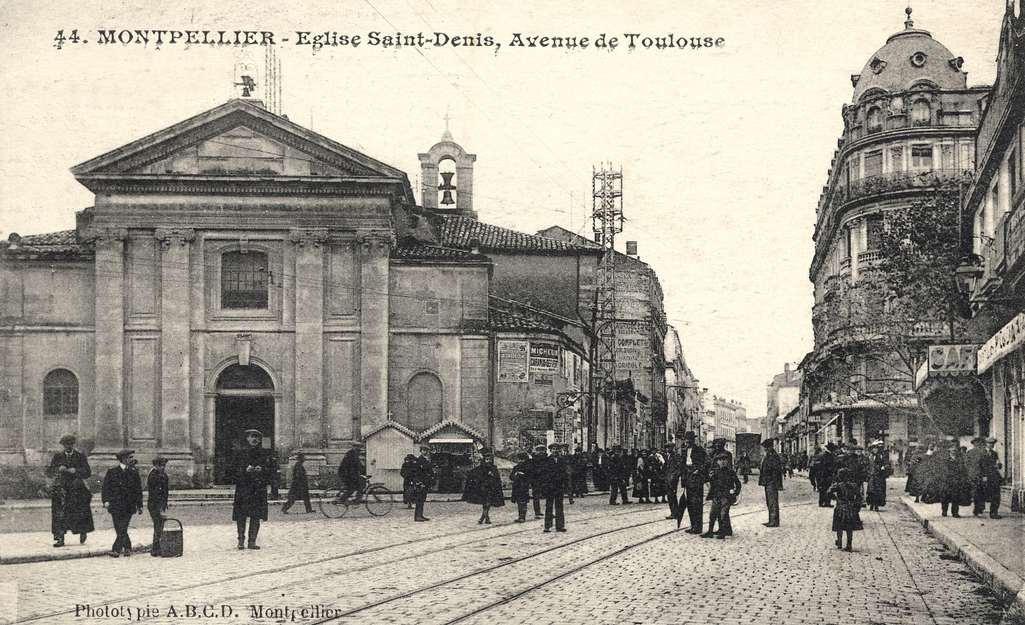 Eglise Saint-Denis, vers 1900. 6Fi 71